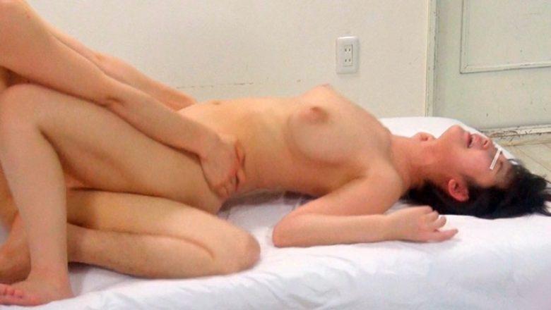 【素人大学生動画】一般男女モニタリングAV 素人大学生限定